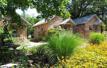 Rock Cottage Gardens B Inn Eureka